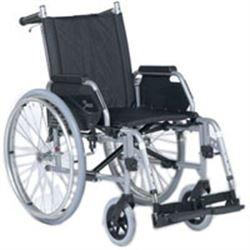 Sedia a rotelle carrozzina pieghevole leggera ad for Larghezza sedia a rotelle